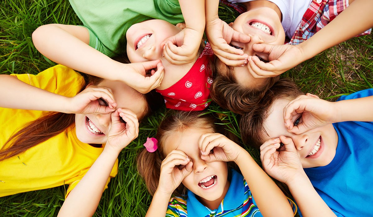 4 tips to teach your child good dental habits at home